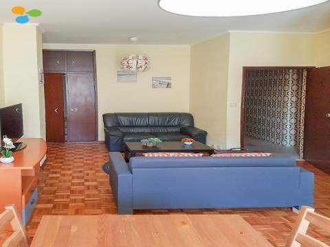 Apartamento T1 junto Hospital de Santa Maria no Porto