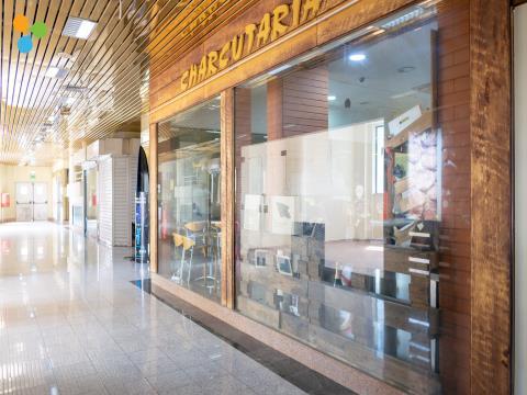 Café Equipado e Mobilado