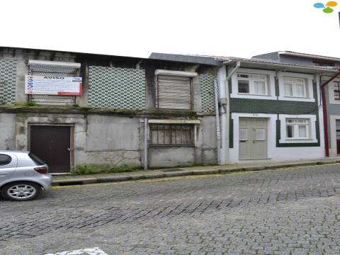Moradia C/ Projecto Aprovado - Rua do Bonjardim