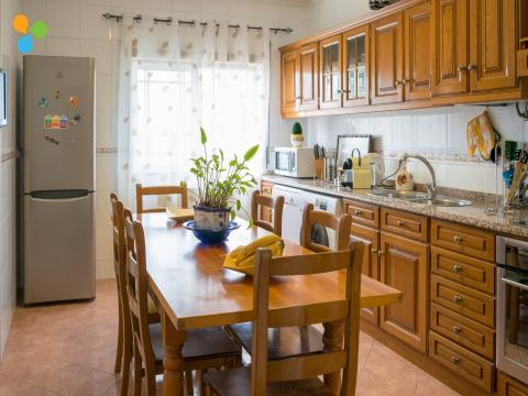 Apartamento T2 Com Excelente Exposição Solar