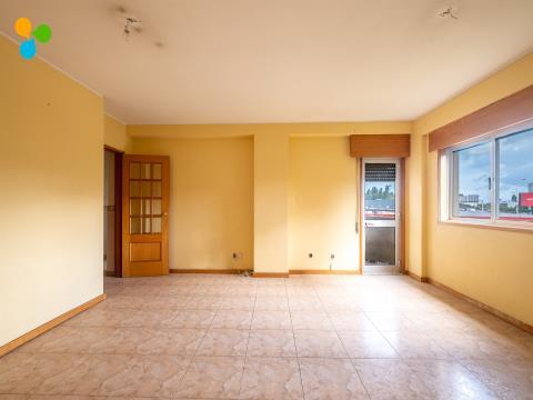 Apartamento T4 em Paranhos