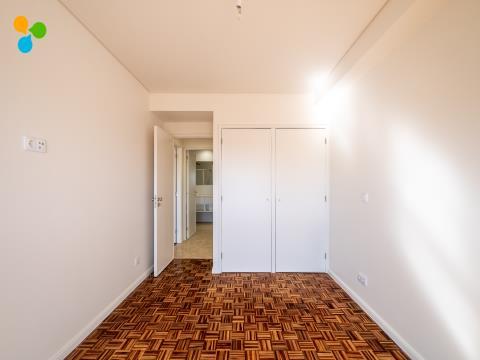 Apartamento T2 Areosa à Circunvalação
