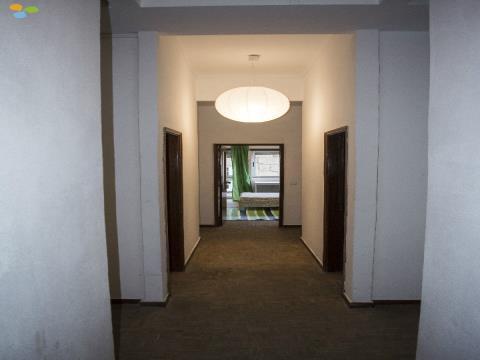 Arrendamento por Quarto, Apartamento T5