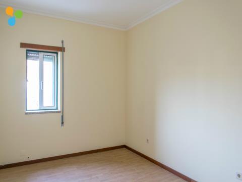 Apartamento T3 Com Lugar de Garagem