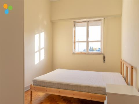 Arrendamento ao Quarto, Apartamento T4 Zona UBI
