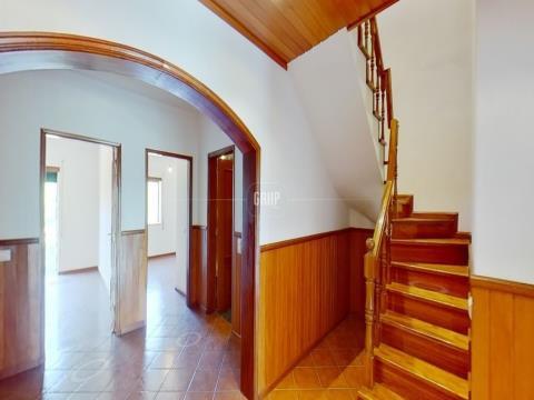 Apartamento T4 DUPLEX - Lousã