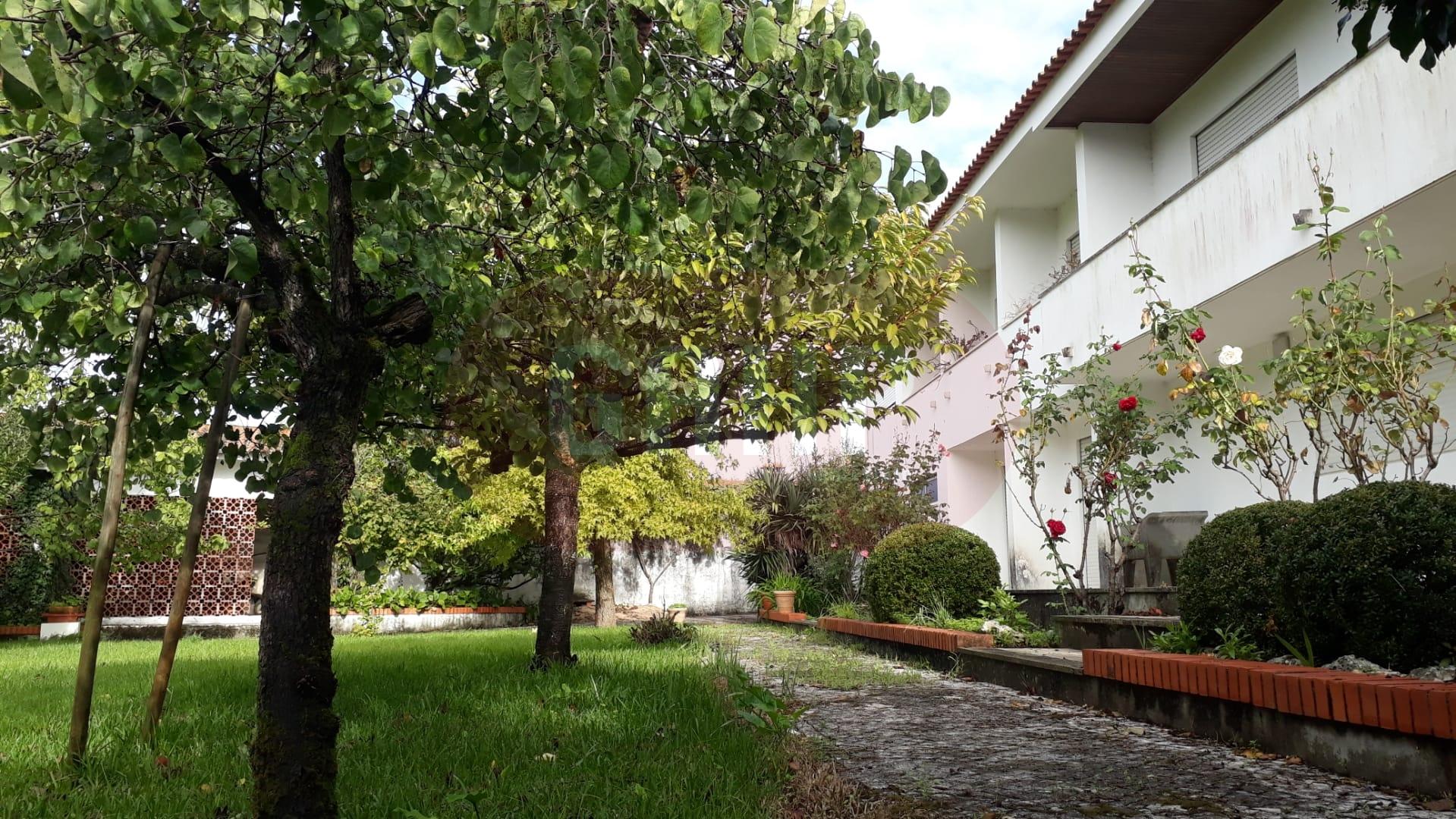 Moradia T5 -Cantanhede