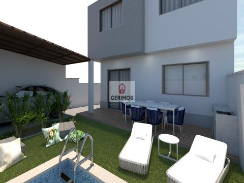 4-bedroom House with Pool and Barbecue