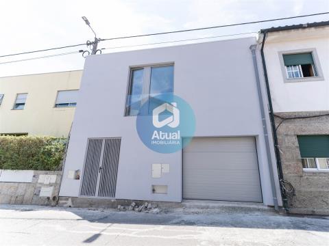 Casa 3 dormitorios completamente renovada, Creixomil, Guimarães