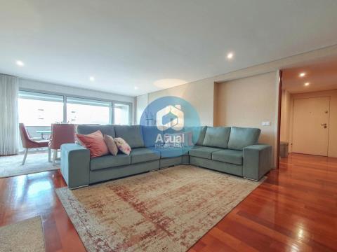 Appartement de 3 chambres, à vendre, Azurém, Guimarães.
