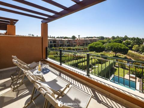 Moradia T2 com piscina em empreendimento de luxo no Algarve