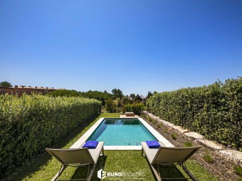 Moradia T3 com piscina em empreendimento de luxo no Algarve
