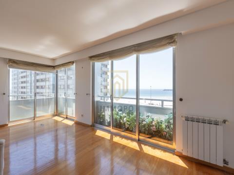 Apartamento T5 em Matosinhos Sul - Castelo do Prado Condomínio Fechado