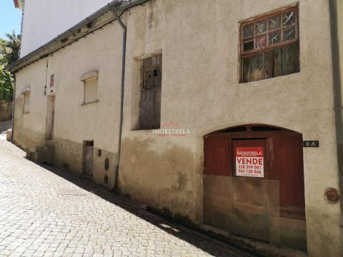 Moradia para recuperar S. Romão - Serra Estrela