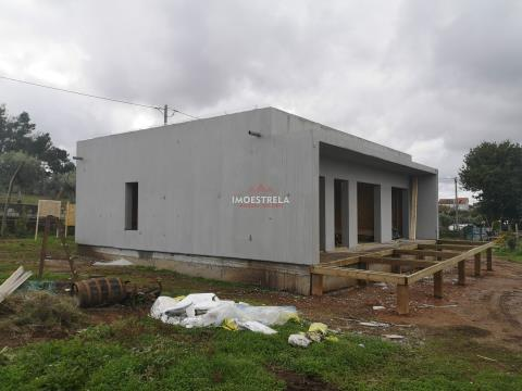 Construção moradia T2 Chave na Mão