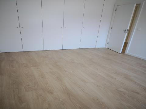 T1 com 65,50 m2 - Venda - Novo