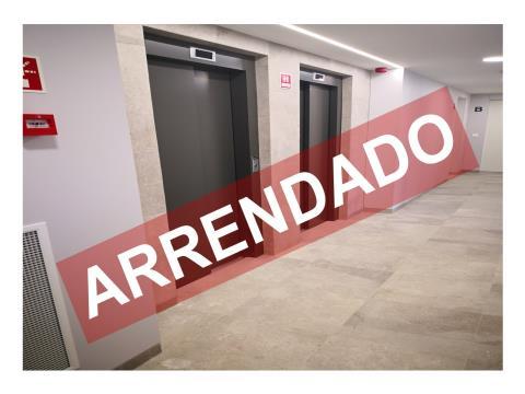 T2 NOVO - ARRENDAMENTO - COZINHA EQUIPADA