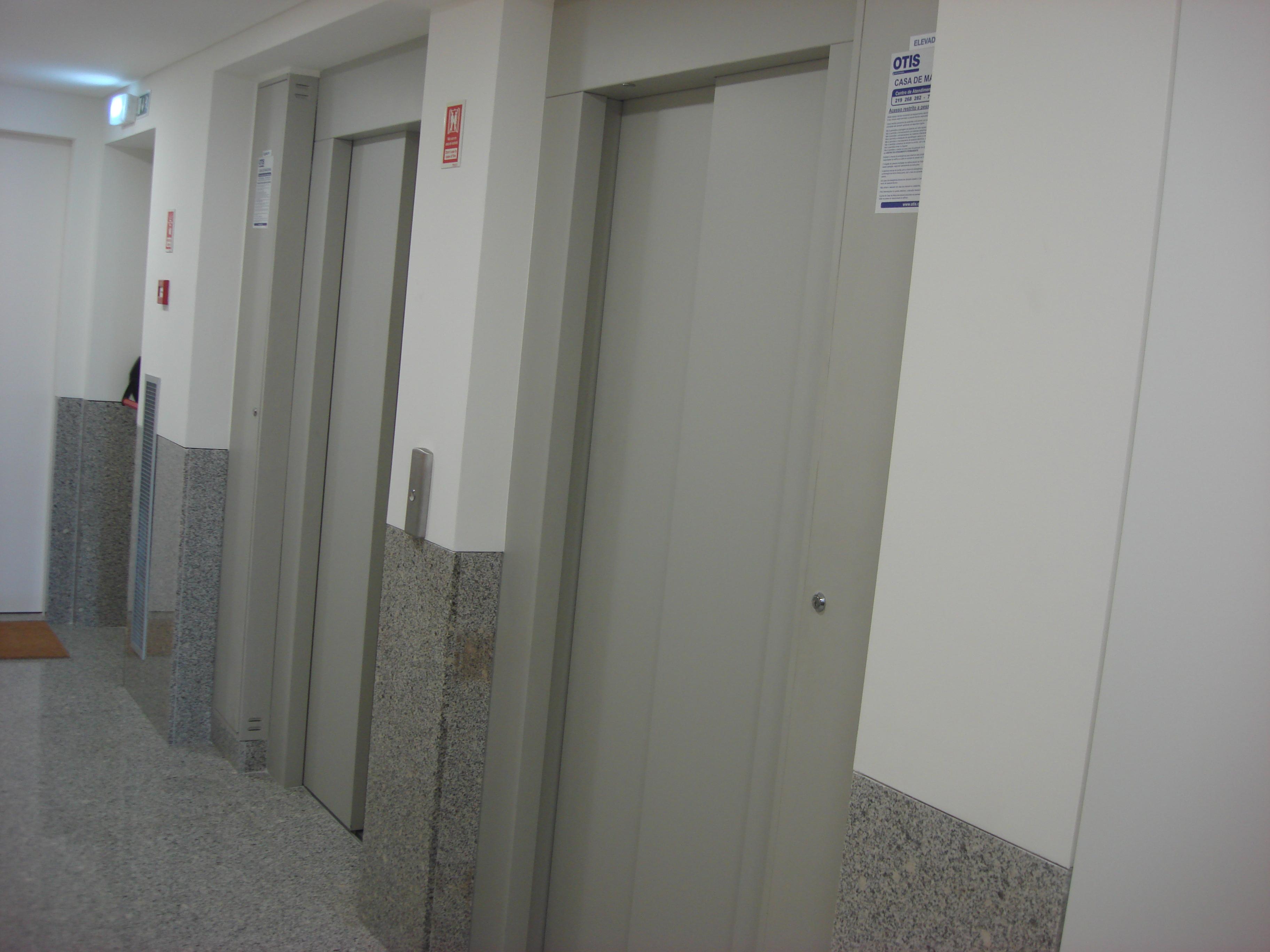 T3 - NOVO - 2 LUGARES DE ESTACIONAMENTO E ARRECADAÇÃO