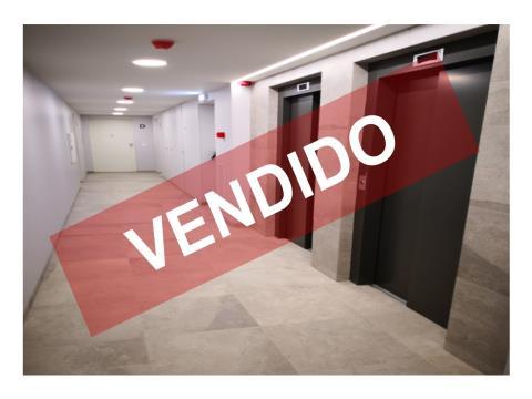 T2- VENDA - NOVO - 93,20 M2 - LUGAR DE ESTACIONAMENTO E ARRECADAÇÃO