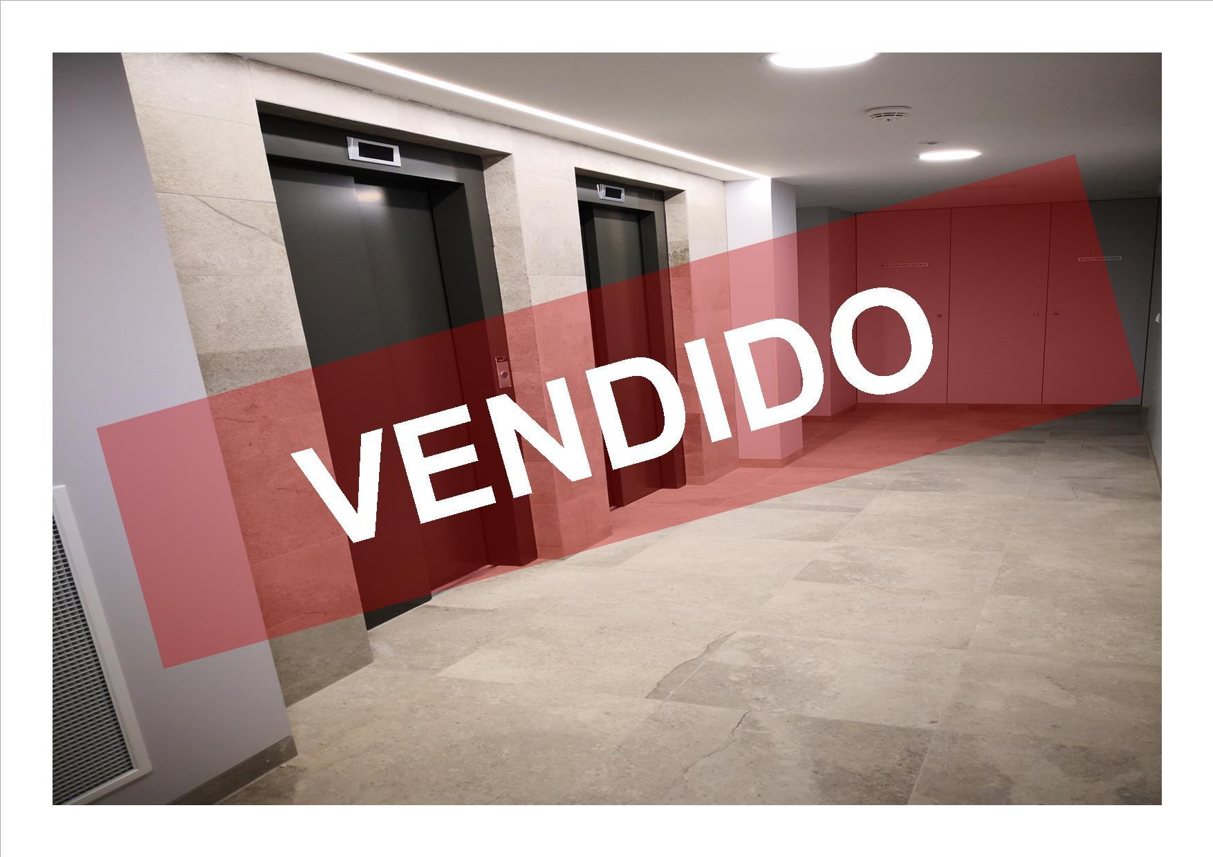 T2- VENDA - NOVO - 96,60 M2 - LUGAR DE ESTACIONAMENTO E ARRECADAÇÃO