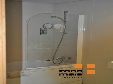 T4 - Arrábida Shopping - Gaia - ZM287