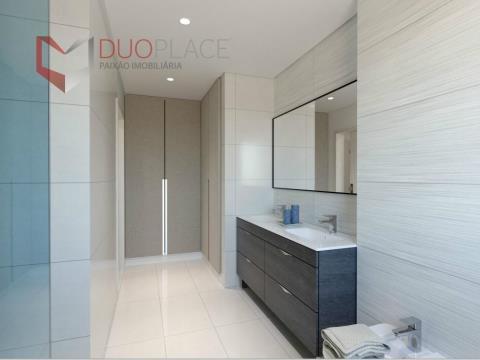 Apartamento T3+1 Duplex com box e terraço privativo com 95 m2 no Montijo