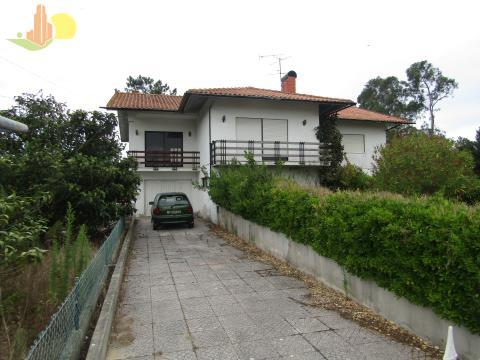 Imóvel de Banco - M3 Isolada, terreno c/2484m2