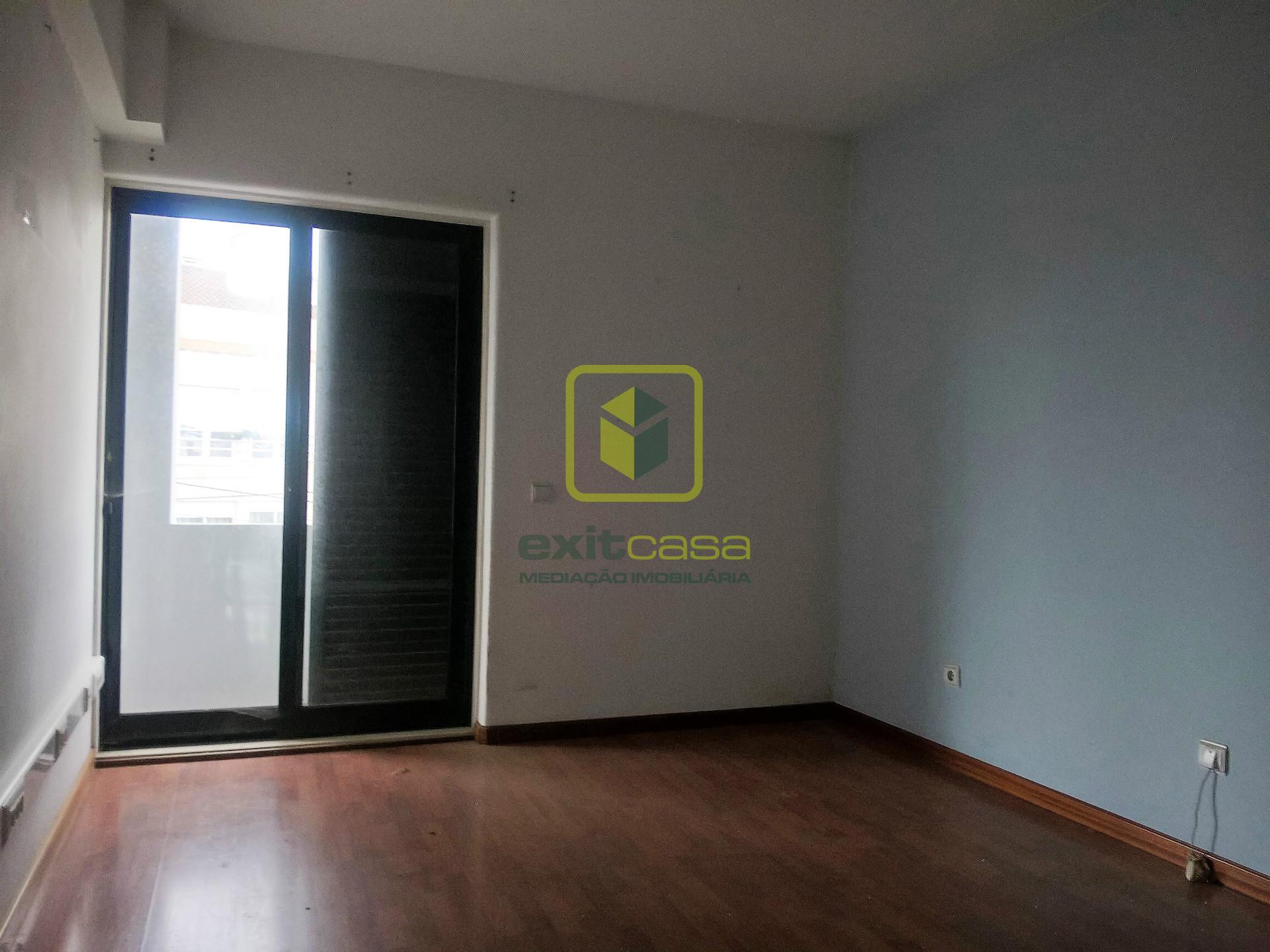 Apartamento T4 DUPLEX