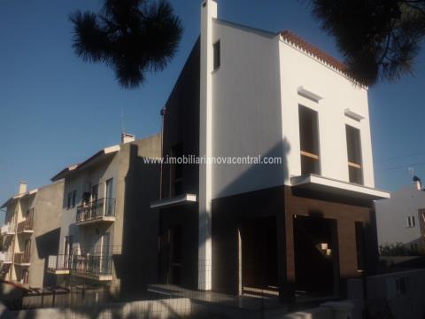 Semi-detached house T2+2