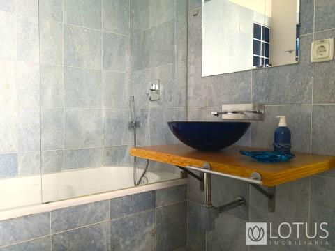 4 bedroom flat in an emblematic building in Chiado