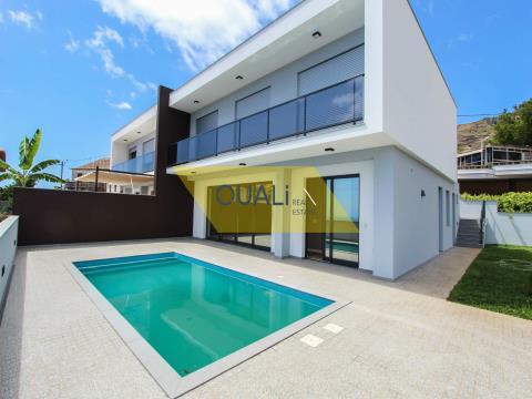 Moradia nova,estilo contemporâneo,valor €380.000,00