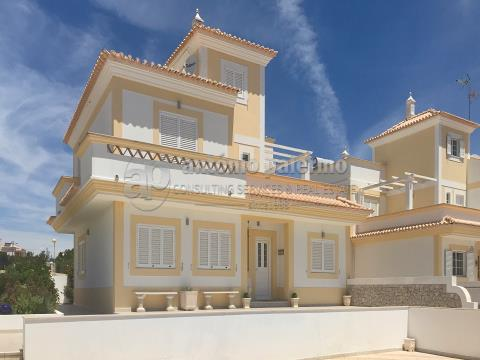 Villa for sale in Altura