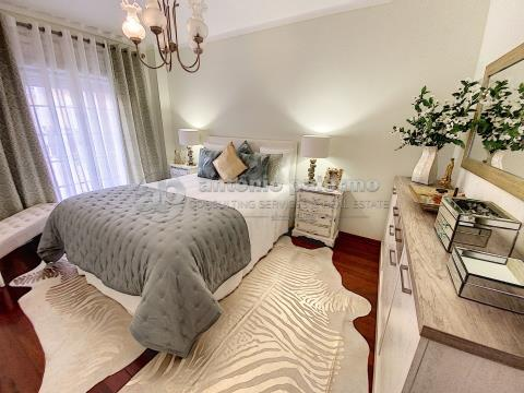 Apartamento T2 renovado para venda