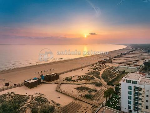 Apartamento T3 para venda frente praia