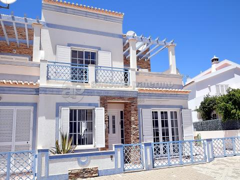 Villa 2 + 2 bedrooms for sale in Manta Rôta