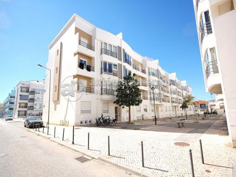 Duplex apartment with garage for sale in Vila Real Santo Antonio