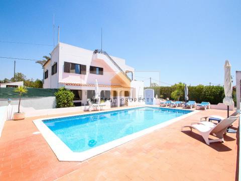 Villa T4 for sale Carvoeiro