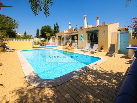 Villa 3 bed for sale in Carvoeiro