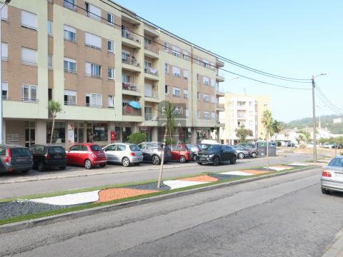 Apartamento T2 sito no complexo residencial Suil Park