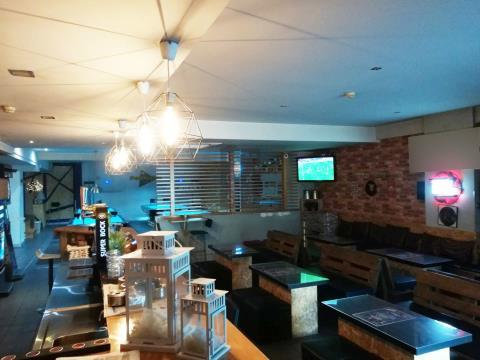 Café/ bar para trespasse, aberto a propostas, no centro da cidade