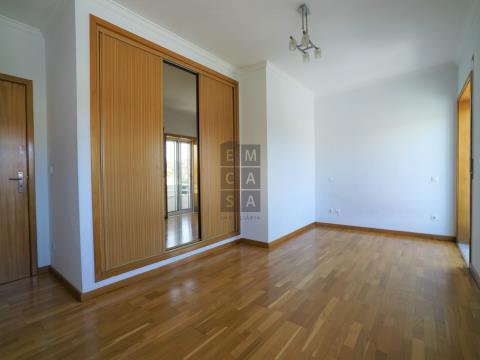 Apartamento T2 a 3min do centro de São João da Madeira