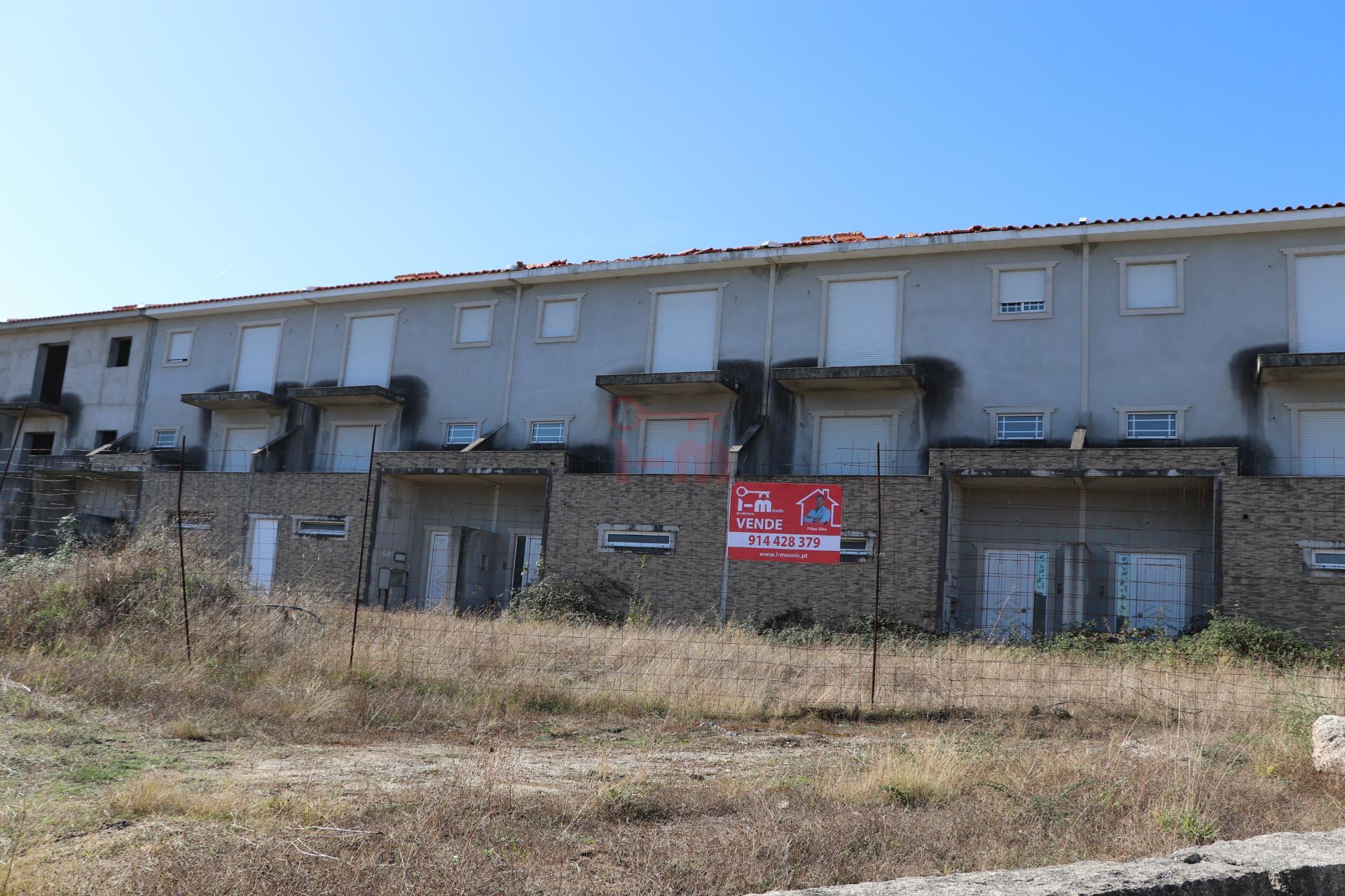 被废弃的大厦 3个房间