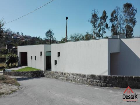 Villa de 3 chambres avec un excellent emplacement