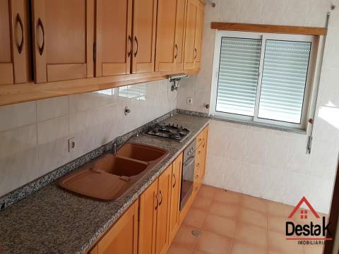 Apartamento T2 com rentabilidade de 300€ mensais.  Boa oportunidade de investimento!
