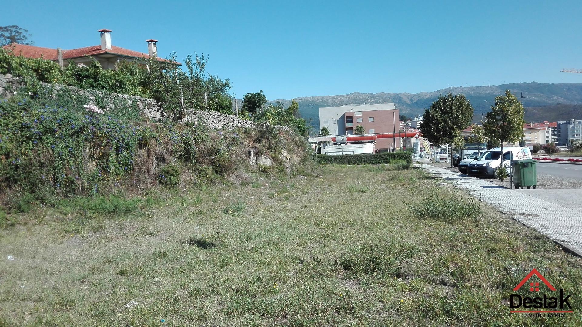 Terreno para construção, Oliveira de Frades, c/ projeto aprovado para 7 moradias em banda.