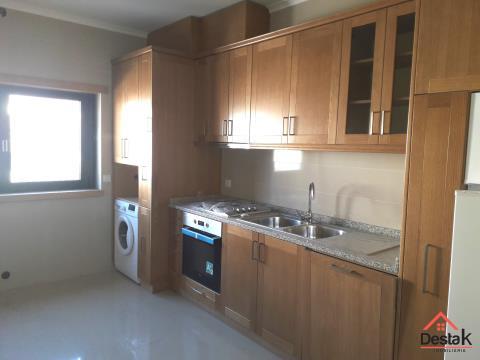 Apartamento T2 novo com excelentes acabamentos