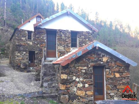 Quinta para turismo rural com 20ha