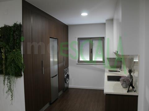 Apartamento T3 DUPLEX de Luxo com Parqueamento