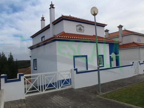 Moradia T3 junto à Costa de Prata