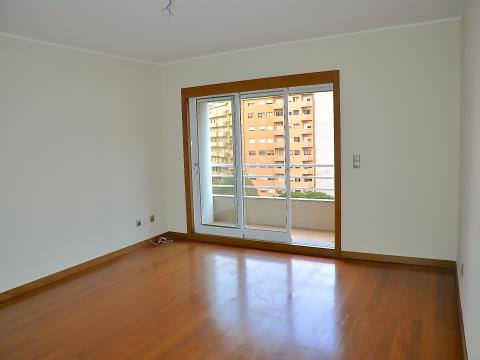 Apartamento T2 Matosinhos junto ao Metro e proximo da Praia
